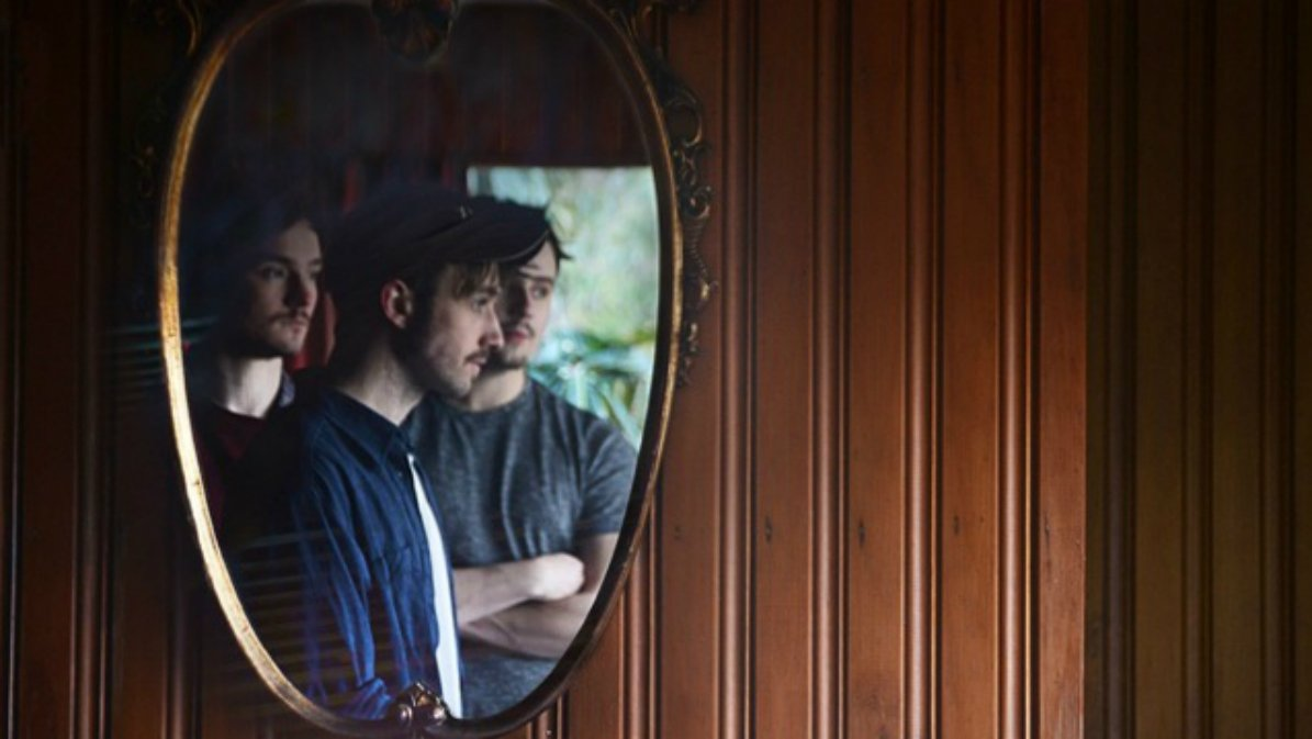 Promo image of Stillhound photographed in a mirror