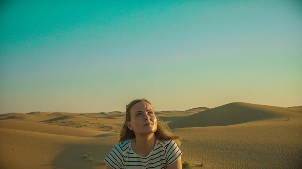 Hannele Korhonen in the desert
