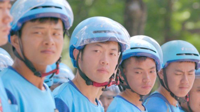 4 Deliveroo riders